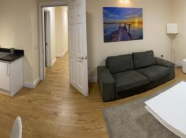 Westminster House, apartment in Slough