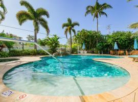 Tropical Breeze Resort, apartment in Sarasota