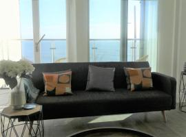 Seaview West Coast, apartment in Bournemouth