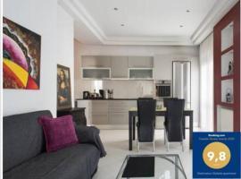 Glyfada Riviera Home, hotel near Glyfada marina, Athens