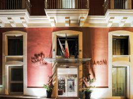 Hotel 33 Baroni, hotel in Gallipoli