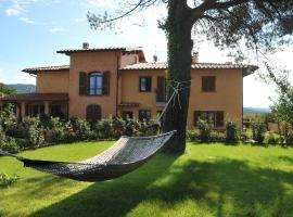 Countryhouseilgirasole, hotel in Barberino di Mugello