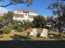 Villa M&A on the beach, hotel in Seline