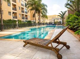 2 Quartos c/ Lazer Completo Melhor Bairro Brasília, hotel with pools in Brasilia