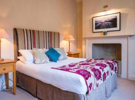 The Swan Hotel - Bradford-on-Avon, hotel near Bowood Golf & Country Club, Bradford on Avon