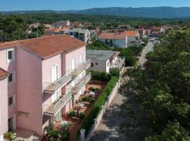 Apartments Villa Bozica, hotel in Vrboska