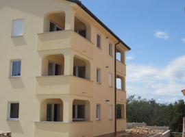 Apartment in Klimno/Insel Krk 12507, hotel in Klimno