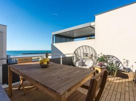 ARES - Vue Mer - Acces direct plage, apartment in Le Grau-d'Agde