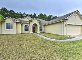 Large Jacksonville Home with Patio, 12 Mi to Downtown, vacation rental in Jacksonville