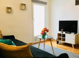 2 pièces situation exceptionnelle Menton, hotel in Menton
