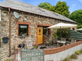 Penvith Cottages, hotel in Looe