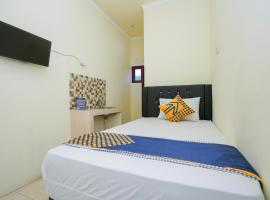 SPOT ON 2219 Madina Residence Syariah, hotel in Sidoarjo