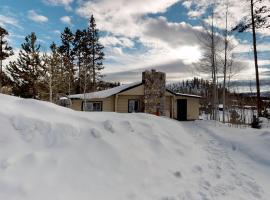 Grand Lake Cabin Escape, hotel in Grand Lake