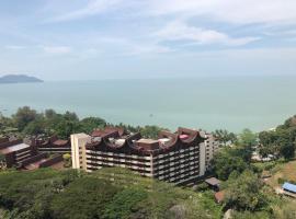 Susie's VIP Suites Sri Sayang Apartment, apartment in Batu Ferringhi