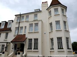 Tower Apartments, hotel near South Essex College, Southend-on-Sea