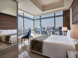 The Residences of The Ritz-Carlton Jakarta Pacific Place, hotel in Jakarta