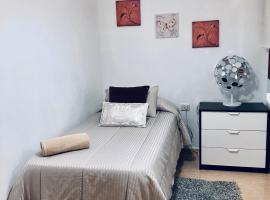 Céntrica y acogedora habitación, hotel a Los Llanos de Aridane