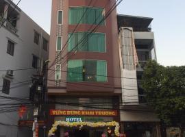 Hotel HOLIDAY VN, hôtel à Hai Phong