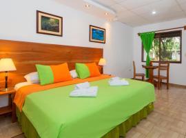 Twin Hotel Galápagos By Rotamundos, hotel em Puerto Ayora