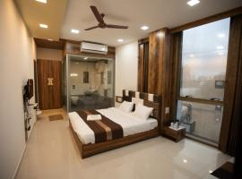 AVIRAHI HOTEL, apartment in Mumbai
