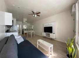 Miami Beach Front Suite, Best Ocean Dr Location, apartamento em Miami Beach