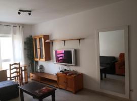 Hoony Mugler wifi free) private parking aire acondiciony, hotel in Puerto del Rosario