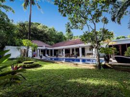 Riley's Retreat, villa in Senggigi