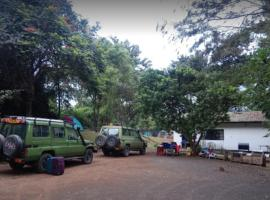 Camp Geofrey's Themi Hill, campground in Arusha