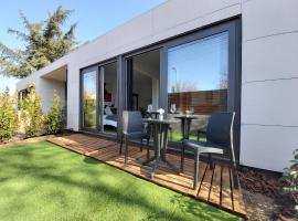 Acero y Piedra Apartamentos con jardín, apartamento en Cerceda