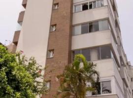 Edificio Villa Di Caprio, apartment in Porto Alegre