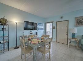 South Padre Island Condo&Patio, Walk to Eats&Beach, vacation rental in South Padre Island