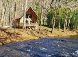 Custom Smoky Mountain Home on the Cullasaja River!, hotel in Franklin