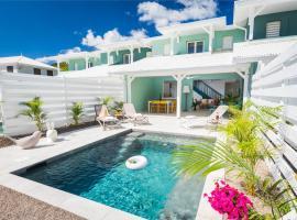 Villas Sun Rock - Accès privé à la plage !, hôtel au Diamant