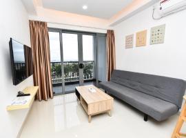 LOVINA 6-12 at Harbour Bay Residences, apartment in Tanjunguma