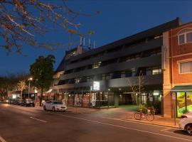 Comfort Hotel Adelaide Meridien, hotel in Adelaide