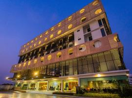 Hotel Fuse Rayong, hotel in Rayong