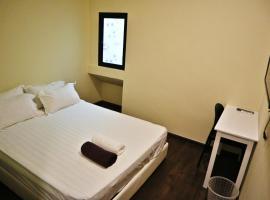 Treasure Inn, hotel near Tunku Abdul Rahman Park, Kota Kinabalu