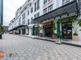 Merry House - Serviced Apartment, apartment in Hai Phong
