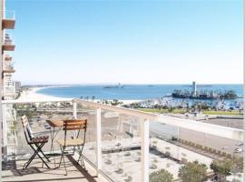 OCEAN VIEWS 2 BED 2 BATH LONG BEACH CONDO, apartment in Long Beach
