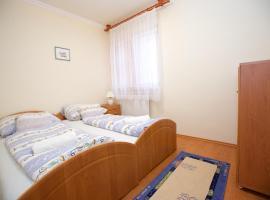 Zoli Apartmanok-Bonisz Kölcsey 24, apartman Hajdúszoboszlón