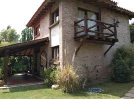 Residencia en Casa de artista, villa in Vistalba