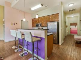 Ice Cream Parlor, vacation rental in Austin