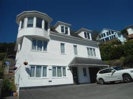 Birchover, hotel near Dartmouth Castle, Dartmouth