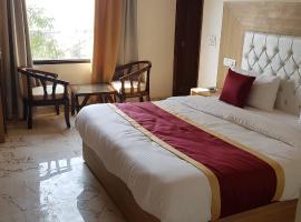 Hotel Tree Inn, room in Chandīgarh