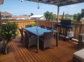 Vaniva's Place near the Airport, vacation rental in Auckland