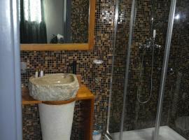 Aparthotel Palace, serviced apartment in Praia