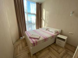 3-комнатные у моря, hotel with jacuzzis in Adler