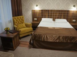 Petrovsky Hotel, отель в Каменске-Шахтинском