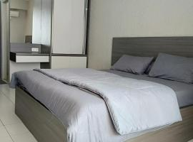 Emerald Tower Apartment By Beecommerce, apartment in Bandung