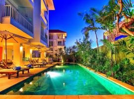 Sunset Residence and Condotel, apartment in Legian